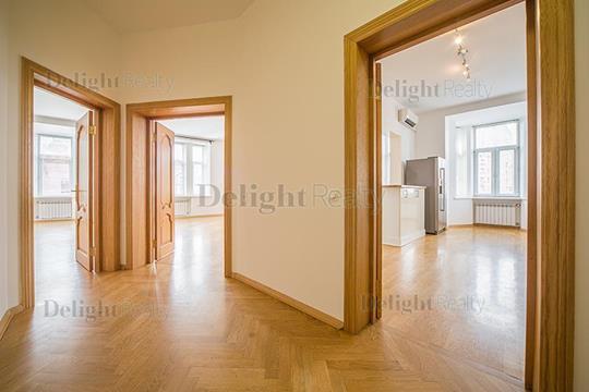 Многокомнатная квартира, 233 м<sup>2</sup>, 5 этаж_1