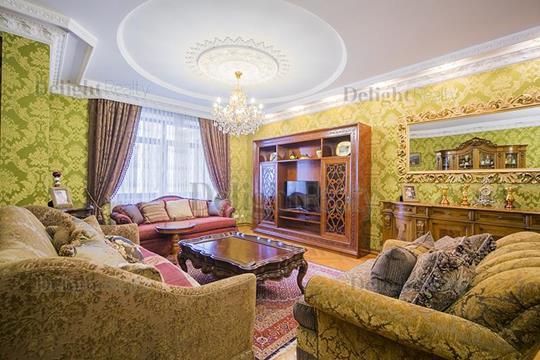 5-комнатная квартира, 234 м<sup>2</sup>, 4 этаж