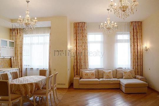 5-комнатная квартира, 193.2 м<sup>2</sup>, 8 этаж