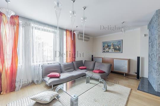 3-комн квартира, 130 м2, 2 этаж