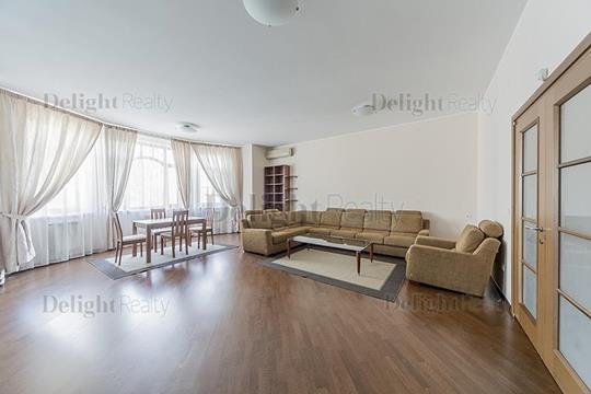 3-комнатная квартира, 145 м<sup>2</sup>, 2 этаж
