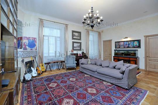 3-комнатная квартира, 158 м<sup>2</sup>, 2 этаж