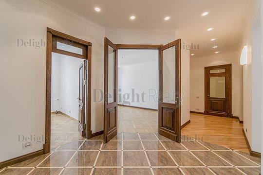 5-комнатная квартира, 136 м<sup>2</sup>, 4 этаж