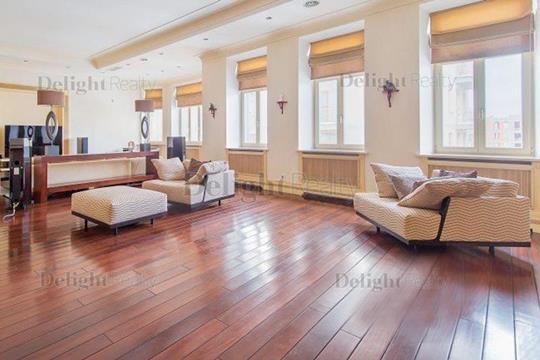 4-комнатная квартира, 222 м<sup>2</sup>, 5 этаж
