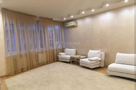 3-комнатная квартира, 115 м<sup>2</sup>, 2 этаж