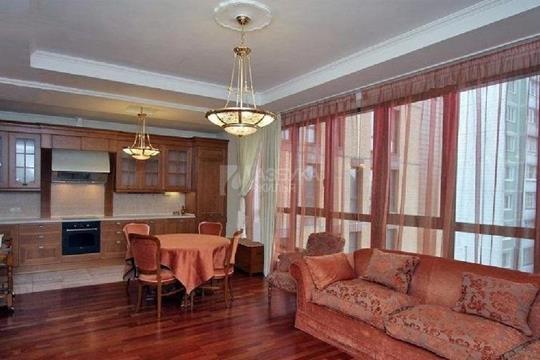 4-комнатная квартира, 130 м<sup>2</sup>, 4 этаж