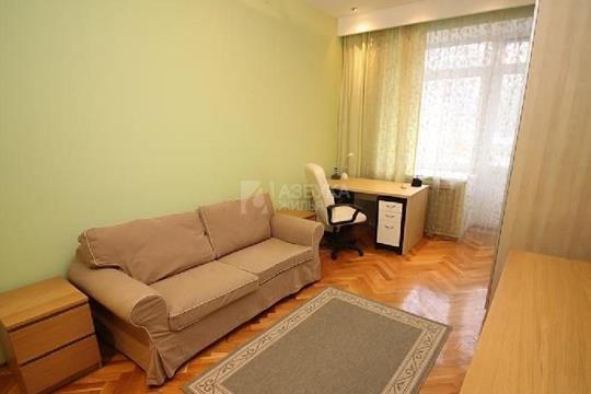 3-комнатная квартира, 100 м2, 2 этаж