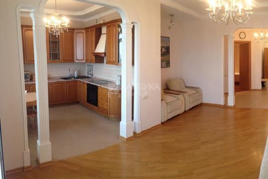 3-комнатная квартира, 138 м<sup>2</sup>, 17 этаж