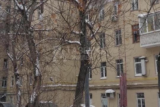 4-комн квартира, 120 м2, 2 этаж