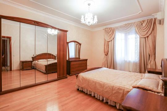 3-комнатная квартира, 135 м<sup>2</sup>, 8 этаж