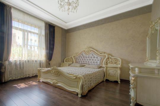3-комнатная квартира, 105 м<sup>2</sup>, 2 этаж