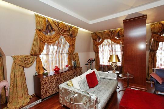 5-комнатная квартира, 310 м<sup>2</sup>, 5 этаж