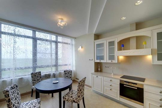 3-комнатная квартира, 130 м<sup>2</sup>, 10 этаж