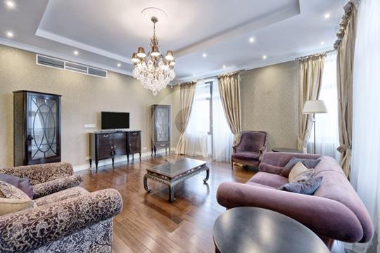 5-комнатная квартира, 220 м2, 6 этаж