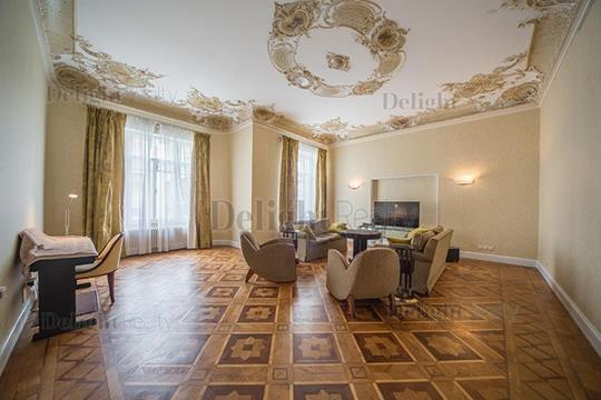5-комнатная квартира, 400 м<sup>2</sup>, 4 этаж