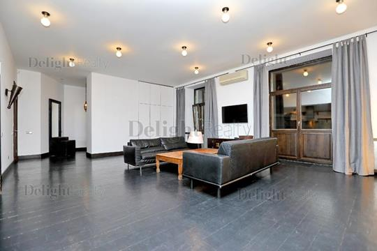 4-комнатная квартира, 180 м<sup>2</sup>, 6 этаж