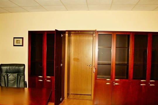 Офис, 2100 м2, класс B