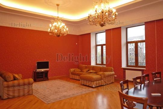 5-комнатная квартира, 210 м<sup>2</sup>, 3 этаж