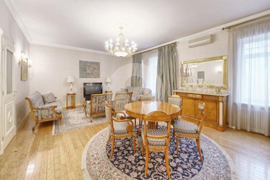 3-комнатная квартира, 120 м2, 2 этаж