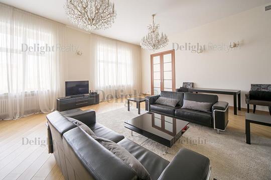 3-комнатная квартира, 142 м<sup>2</sup>, 6 этаж
