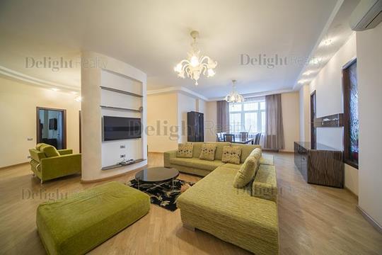 4-комнатная квартира, 201 м<sup>2</sup>, 4 этаж
