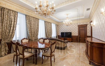 3-комнатная квартира, 133 м<sup>2</sup>, 4 этаж