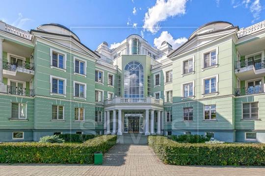 Многокомнатная квартира, 387 м<sup>2</sup>, 4 этаж