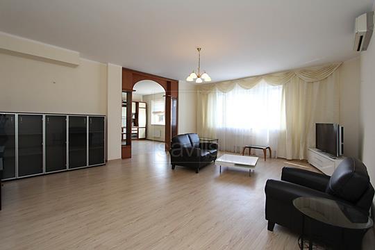 4-комнатная квартира, 172 м<sup>2</sup>, 4 этаж