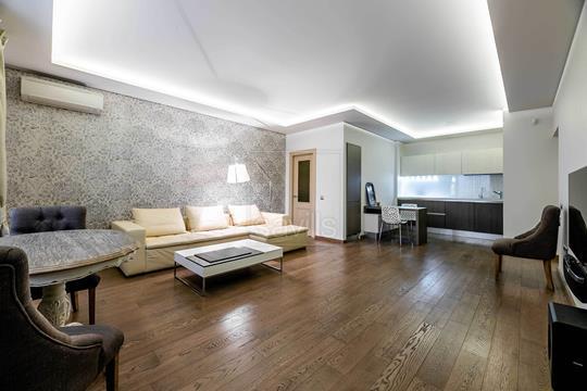 4-комн квартира, 135 м2, 1 этаж