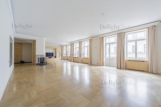5-комнатная квартира, 350 м<sup>2</sup>, 4 этаж