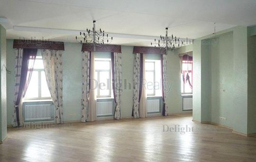 3-комнатная квартира, 164 м<sup>2</sup>, 4 этаж