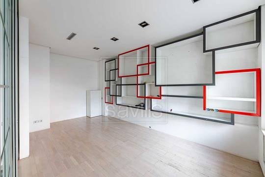 Комната в квартире, 360 м2, 3 этаж