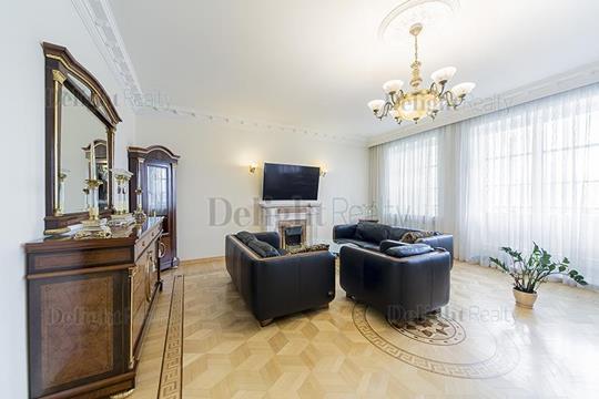 3-комнатная квартира, 126 м<sup>2</sup>, 3 этаж