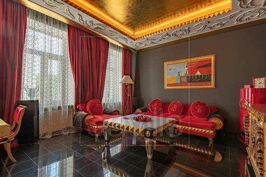 Многокомнатная квартира, 150 м2, 3 этаж