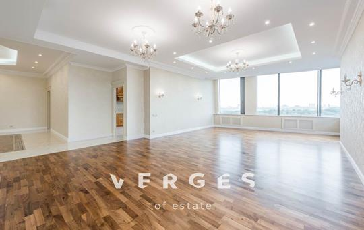 4-комнатная квартира, 220 м<sup>2</sup>, 12 этаж