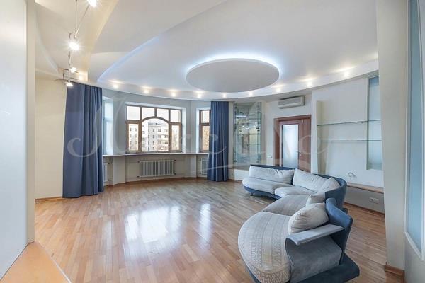 5-комн квартира, 193.3 м2, 4 этаж - фото 1