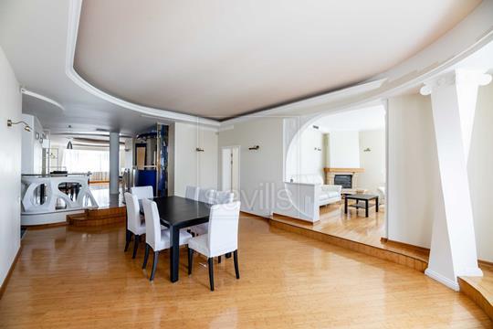 Многокомнатная квартира, 231 м2, 8 этаж
