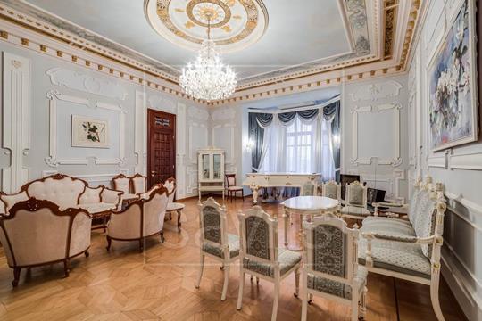 Комната в квартире, 350 м<sup>2</sup>, 4 этаж