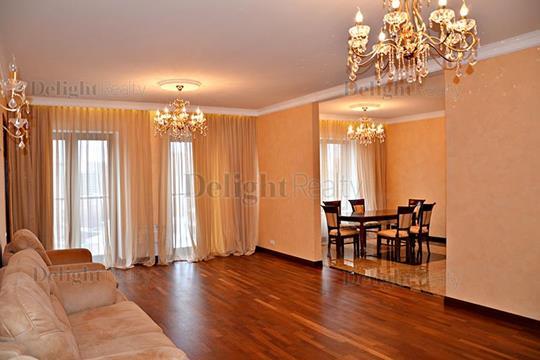 5-комнатная квартира, 200 м<sup>2</sup>, 6 этаж