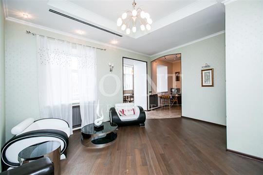3-комнатная квартира, 120 м<sup>2</sup>, 2 этаж