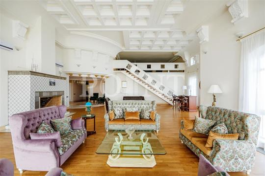 Многокомнатная квартира, 560 м2, 13 этаж