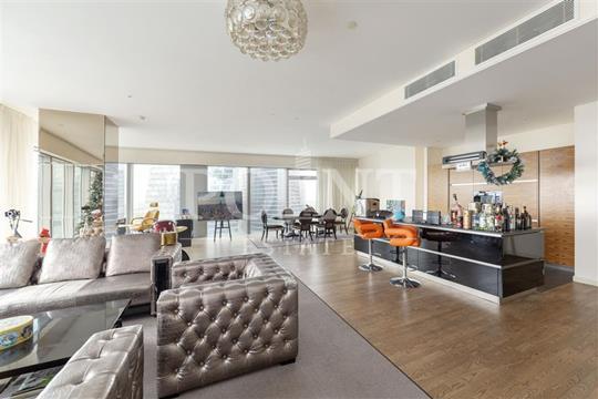 3-комнатная квартира, 200 м<sup>2</sup>, 49 этаж