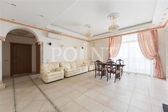 4-комн квартира, 118 м2, 4 этаж
