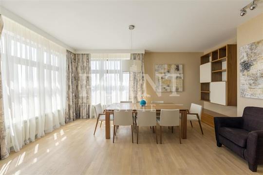 3-комнатная квартира, 228 м<sup>2</sup>, 19 этаж