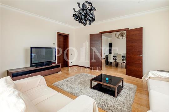 4-комнатная квартира, 210 м<sup>2</sup>, 4 этаж