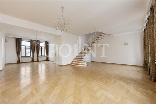 Многокомнатная квартира, 350 м<sup>2</sup>, 6 этаж