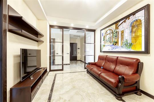 4-комн квартира, 119 м2, 8 этаж