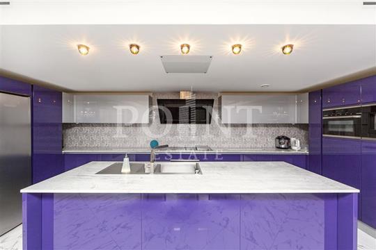 Многокомнатная квартира, 384 м<sup>2</sup>, 9 этаж