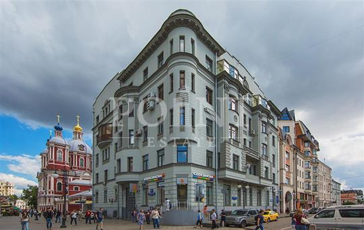 4-комнатная квартира, 185 м2, 2 этаж