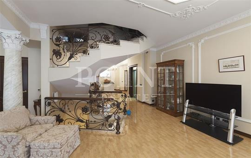 Многокомнатная квартира, 460 м<sup>2</sup>, 3 этаж